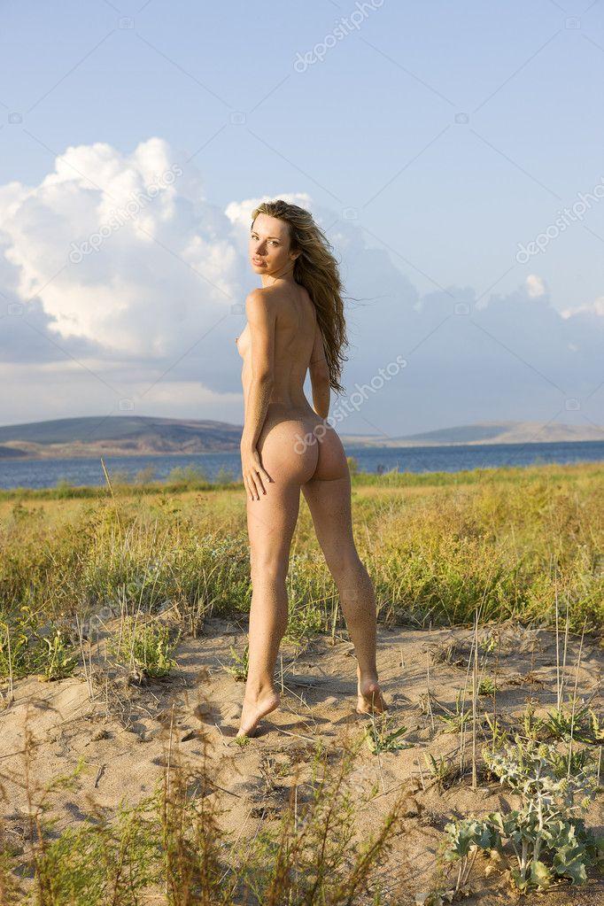 Nude Girl On The Tower Aleander Lobanov Filmvz Portal