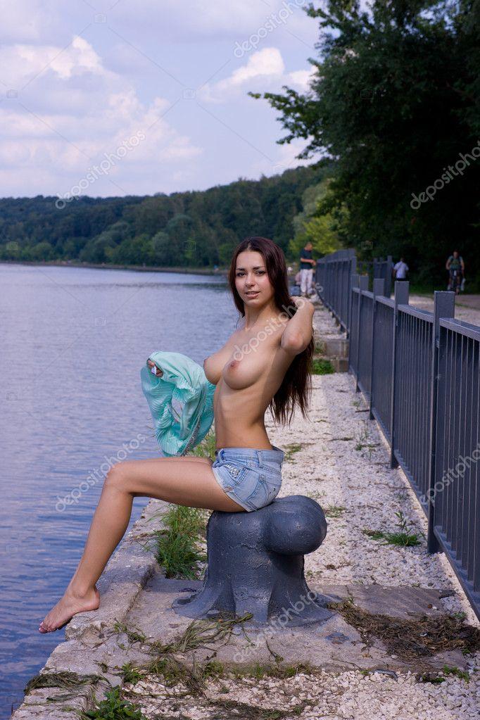 Naked Girl The Bench Stock Aleander Lobanov Filmvz Portal